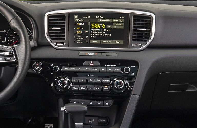 A photo of the infotainment system used in the 2022 Kia Sportage.