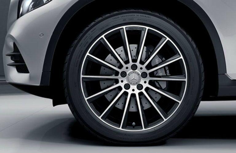 2017 GLC300 4MATIC 19-inch wheels
