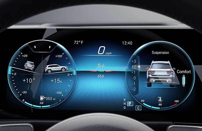 2020 Mercedes-Benz GLB digital display screen