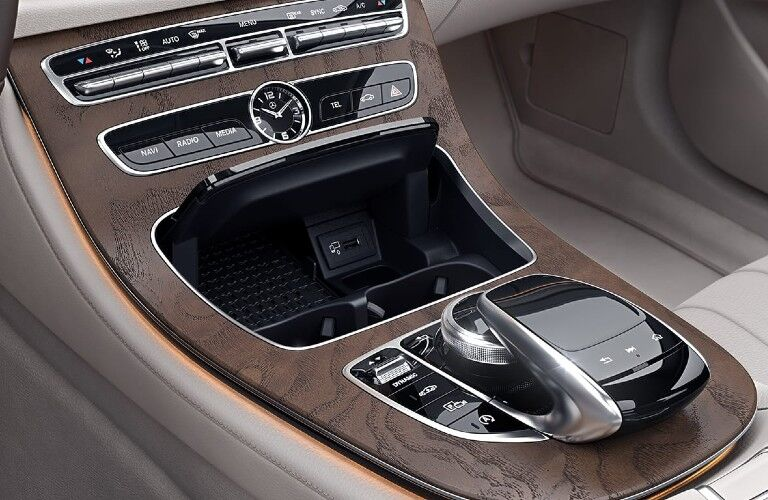 2020 Mercedes-Benz E-Class Wagon center console