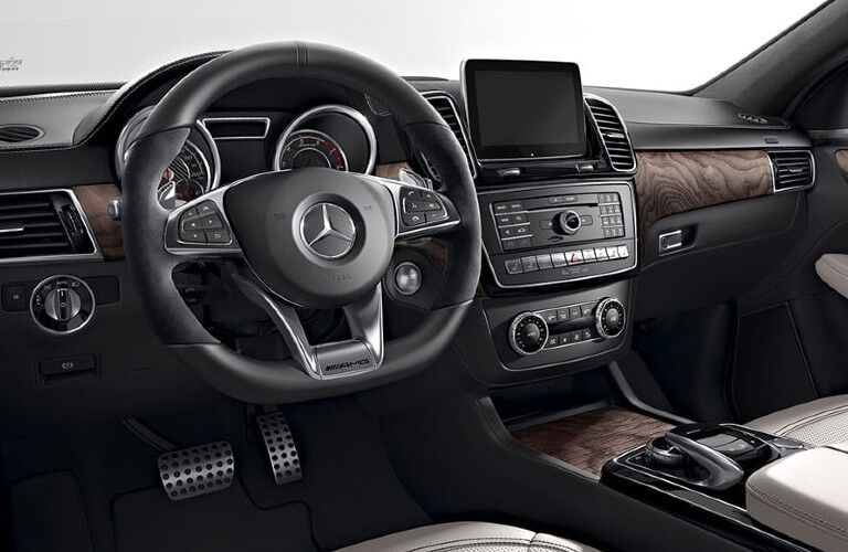 2020 Mercedes-Benz GLE Coupe dashboard and steering wheel
