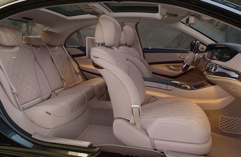 2021 Mercedes-Benz S-Class passenger seats
