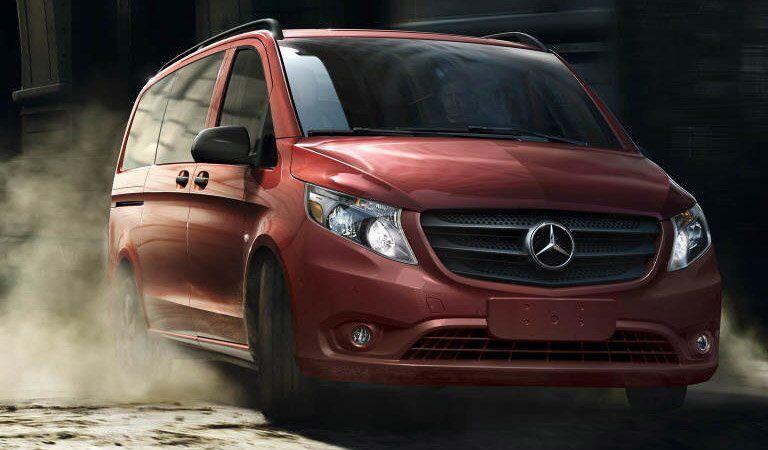 Mercedes-Benz Metris Passenger Van front and side profile