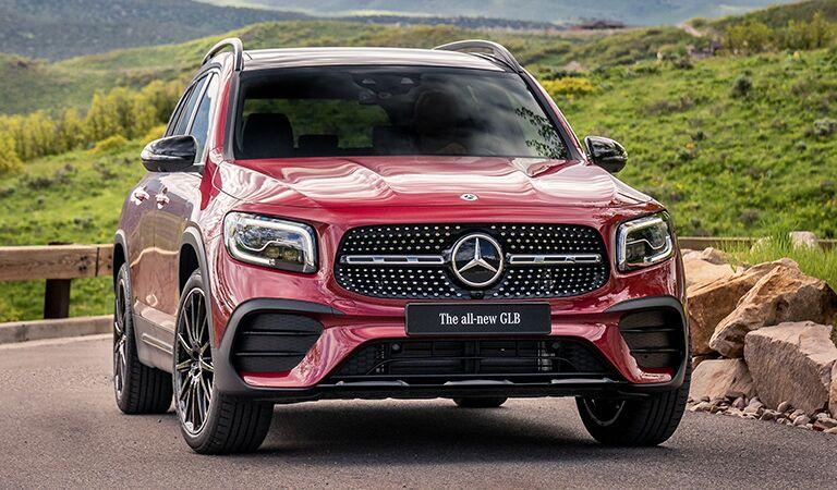 Mercedes-Benz GLB front profile