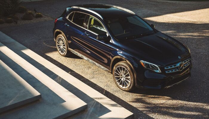 The sleek exterior design of the 2019 Mercedes-Benz GLA