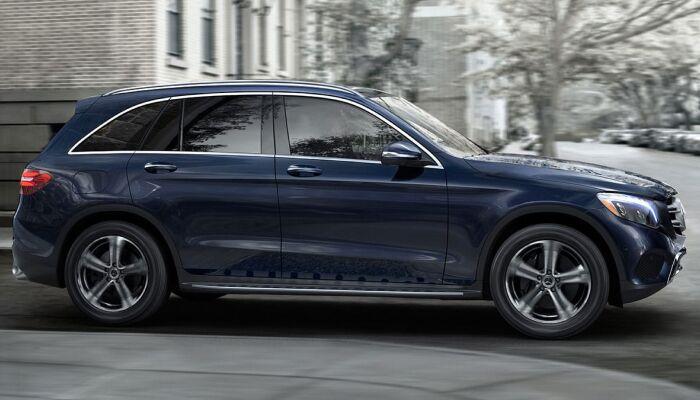 Finance a 2019 Mercedes-Benz GLC from Loeber Motors