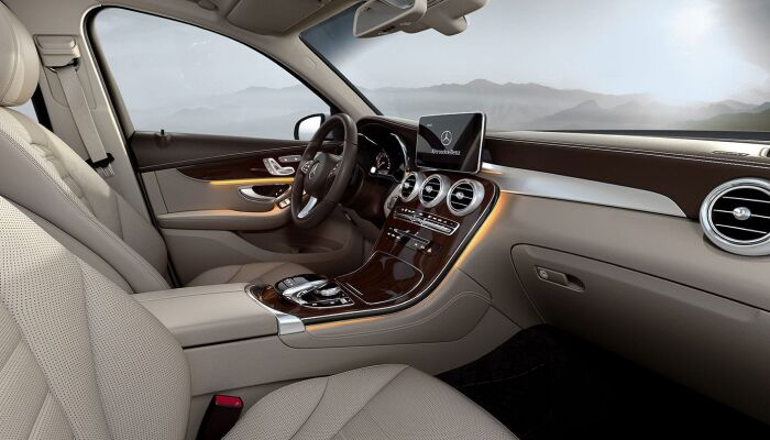 The spacious interior of the 2019 Mercedes-Benz GLC