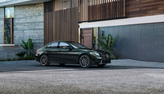 Finance a new Mercedes-Benz vehicle from Loeber Motors near River Forest, IL
