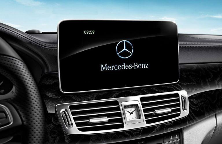 2017 Mercedes-Benz CLS infotainment system