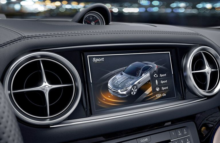2017 mercedes-benz sl roadster dashboard design layout