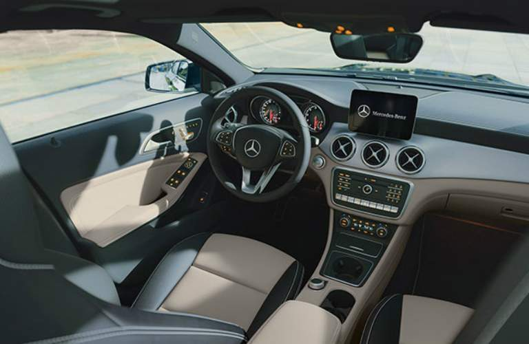 Steering wheel and interior of 2018 Mercedes-Benz GLA