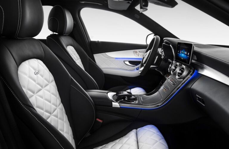 Front seats in the 2019 Mercedes-Benz C-Class