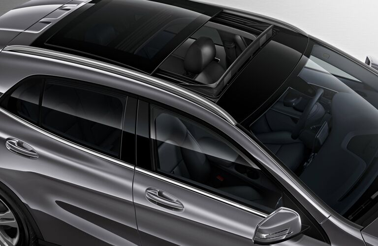 2016 mercedes-benz gla with sunroof