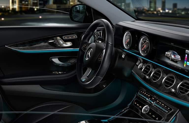 2017 Mercedes-Benz E-Class steering wheel