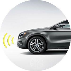 2017 Mercedes-Benz GLA safety technology