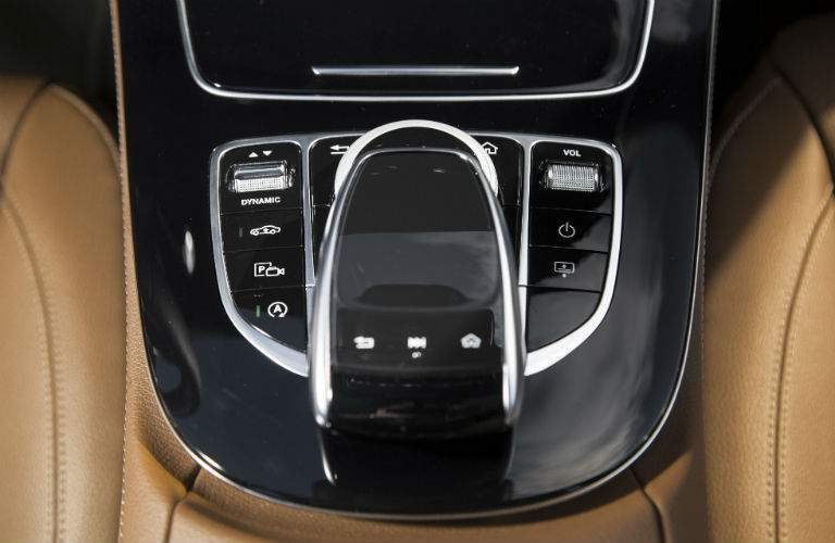 2018 Mercedes-Benz E 300 Interior COMAND touchpad console