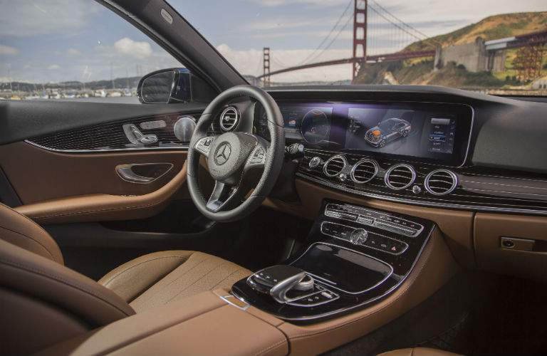 2018 Mecedes-Benz Interior Console and Dashboard