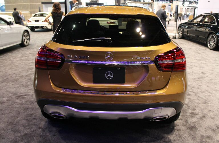 2018 Mercedes-Benz GLA Chicago Auto Show back end design