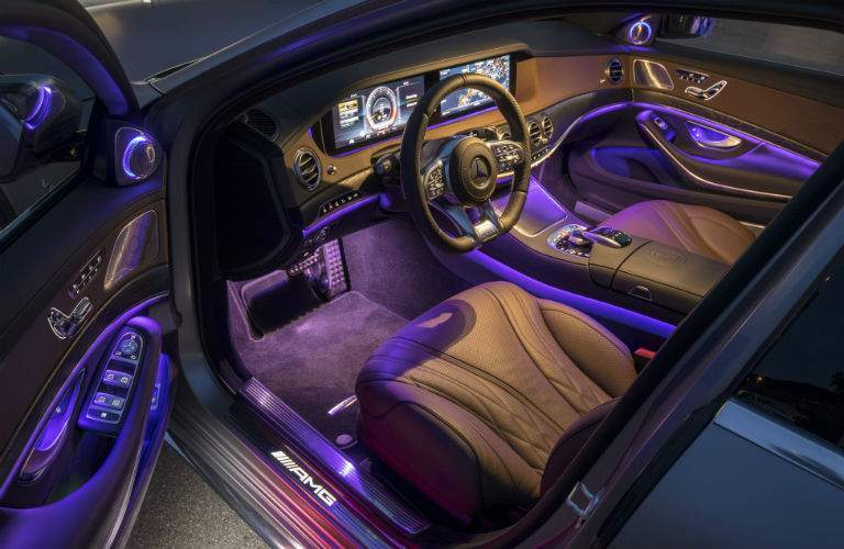 2018 mercedes-benz s-class interior shown with dual screen and dashboard in queens, ny