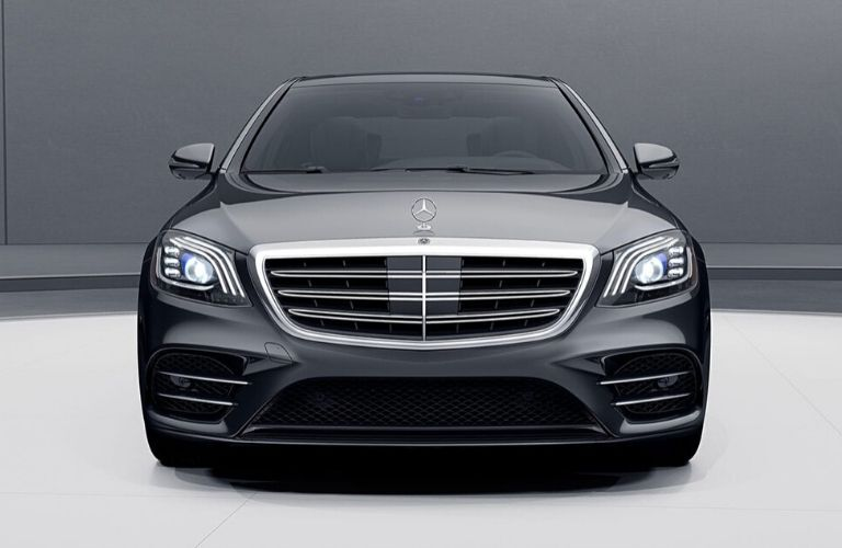 2020 Mercedes-Benz S-Class close up of exterior front