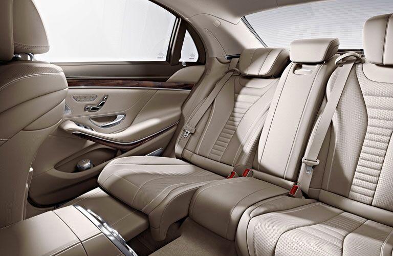2017 Mercedes-Benz S-Class rear seat