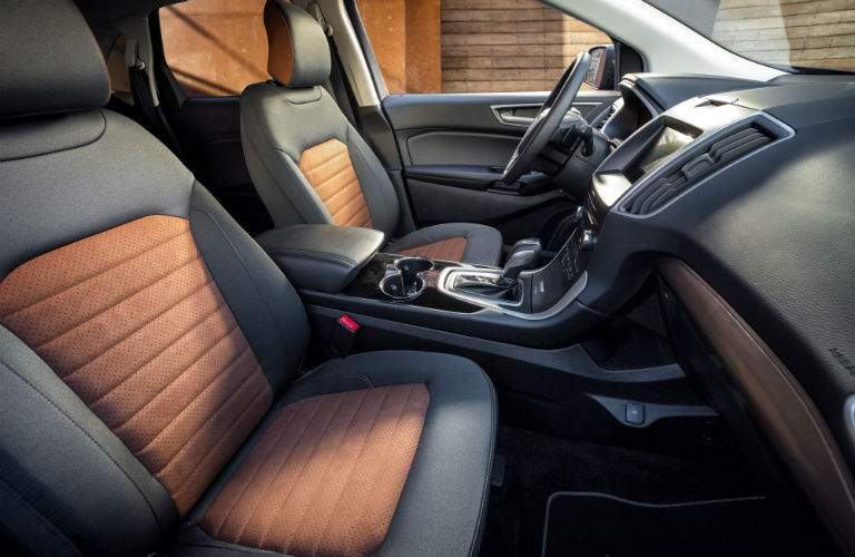 2018 Ford Edge Dashboard and Black and Orange Front Seats