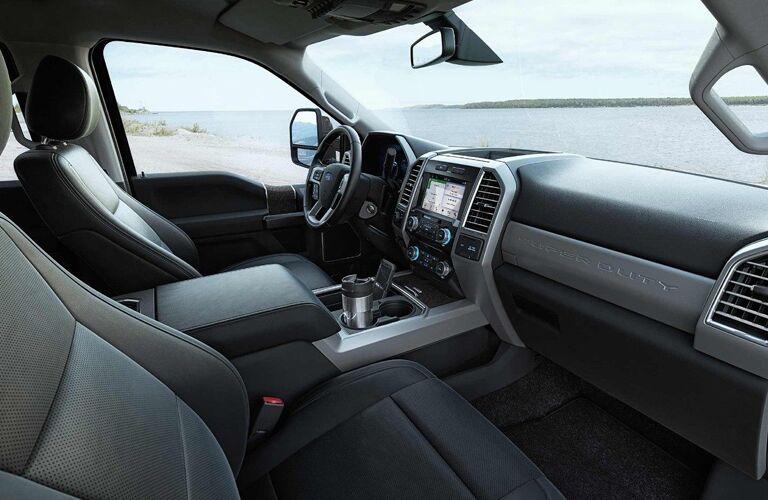 Dashboard and Dark Grey Seats in 2018 Ford F-350 Super Duty