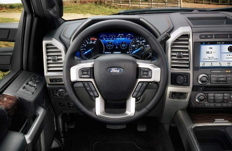 2018 Ford F-350 Super Duty Steering Wheel, Gauges and Touchscreen