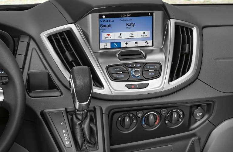 2018 Ford Transit Cargo Van Touchscreen, Steering Wheel, Gear Shift and Climate Control System