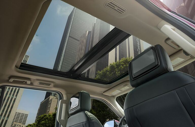 2020 Ford Expedition moon roof view
