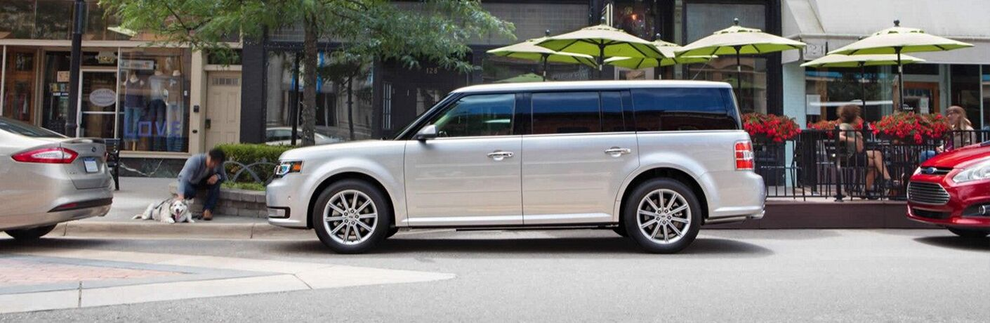 Side view of silver 2019 Ford Flex