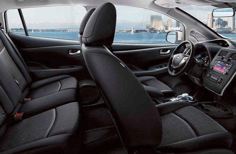 2017 Nissan LEAF interior features