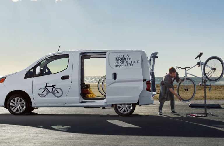 2019 Nissan NV200 Compact Cargo Van side profile