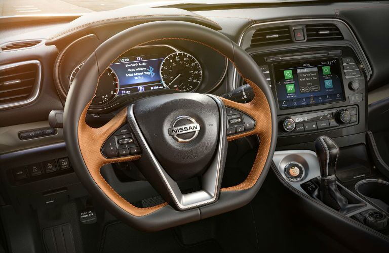 2019 Nissan Maxima dashboard features