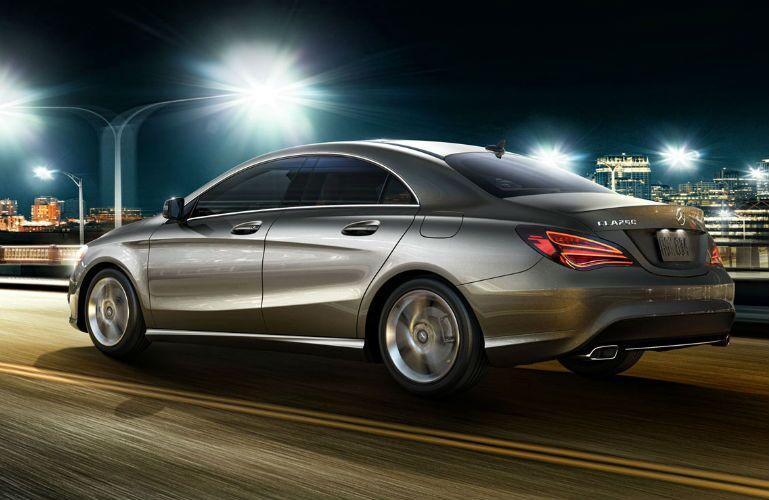 2016 Mercedes-Benz CLA exterior profile