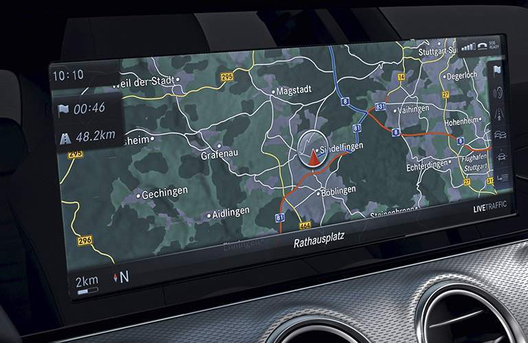 2018 Mercedes-Benz E 400 Coupe infotainment screen