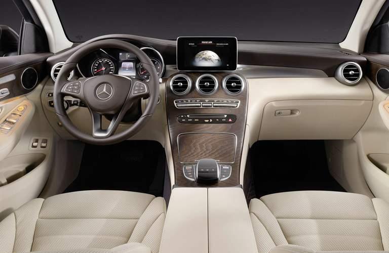 2018 Mercedes-Benz AMG GLC 43 front interior