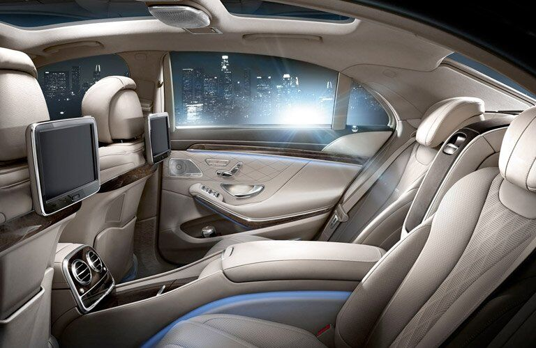 2017 Mercedes-Benz S-Class back interior
