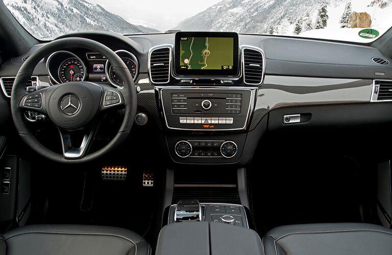 2018 Mercedes-Benz GLS 450 4MATIC® front interior