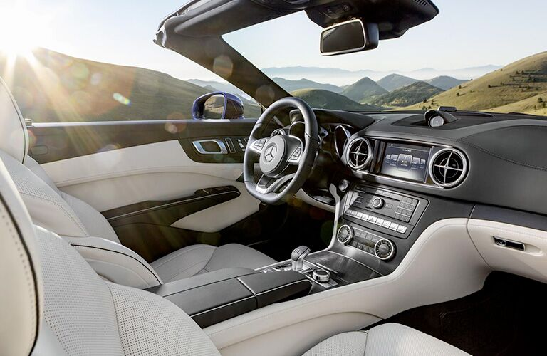2019 Mercedes-Benz SL 450 front interior