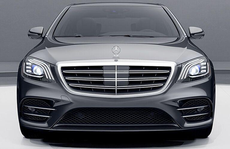 2019 Mercedes-Benz S 450 4MATIC® front exterior