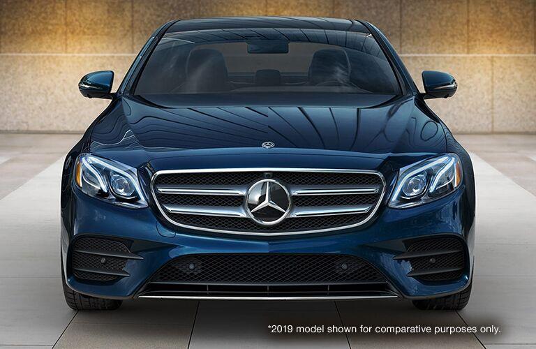 2020 Mercedes-Benz front exterior profile