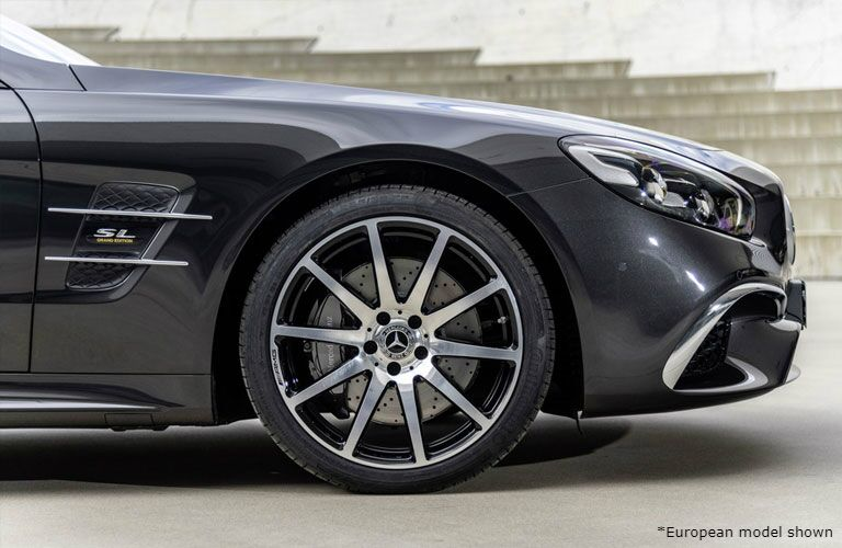 2020 Mercedes-Benz SL Roadster front wheel