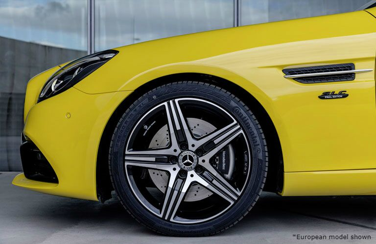 2020 Mercedes-Benz SLC front driver's side wheel