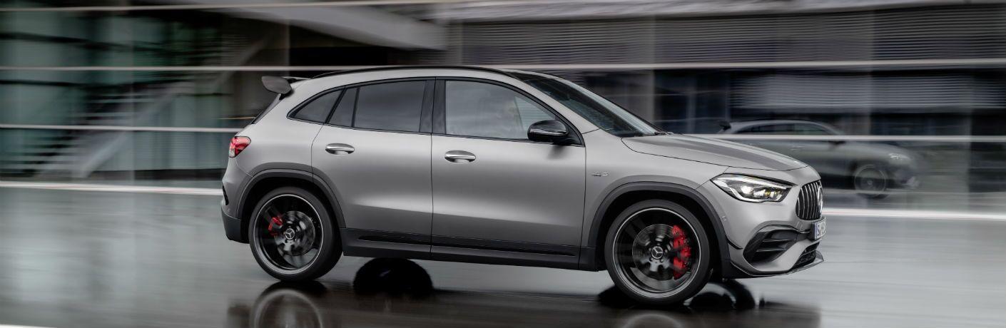 2020 Mercedes-Benz GLA exterior profile