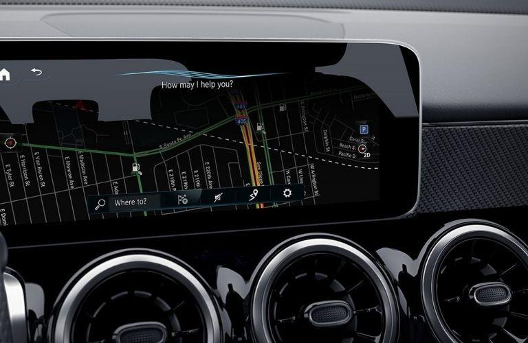 2021 GLB SUV technology