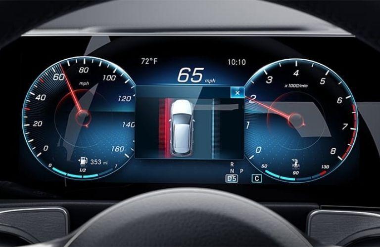 2021 GLB SUV advanced tech
