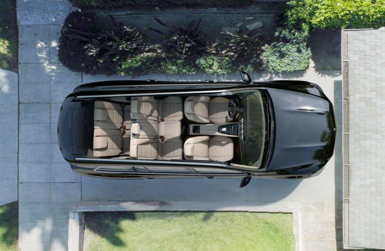 An overhead cut-away photo of the 2021 Mercedes-Benz GLS 450 4MATIC®.
