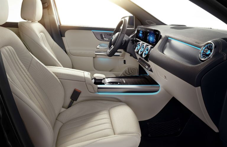 A photo of the fronts seats in the 2021 Mercedes Benz GLA 250 4MATIC®.