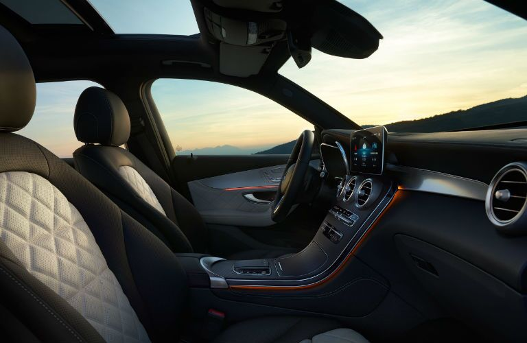 A photo of the front seats in the 2021 Mercedes-Benz GLC 300.